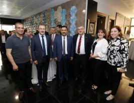 AK PARTİLİ BEKLE'DEN İSTANBUL TURU