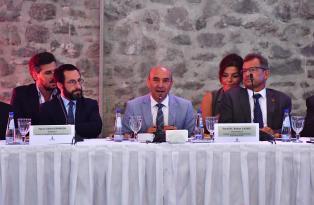 İzmir için uluslararası işbirliği zamanı