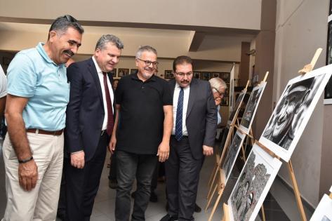 Edremit'te EDFOD karma fotoğraf sergisi açıldı