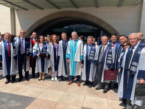 """Rektör Budak ve Egeli akademisyenler """"Yükseköğretim Akademik Yılı Açılış Töreni""""ne katıldı"""