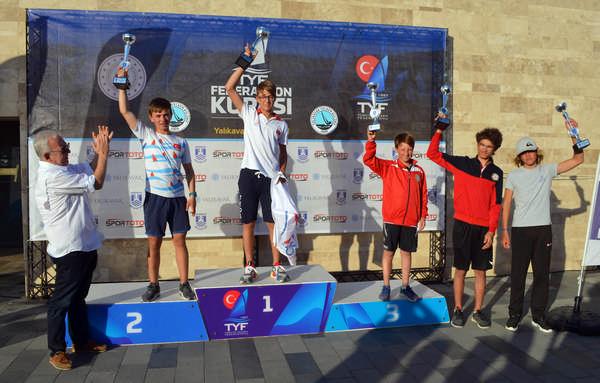 TYF Federasyon Kupası'nda Optimist ve Laser sınıflarında kazananlar belli oldu