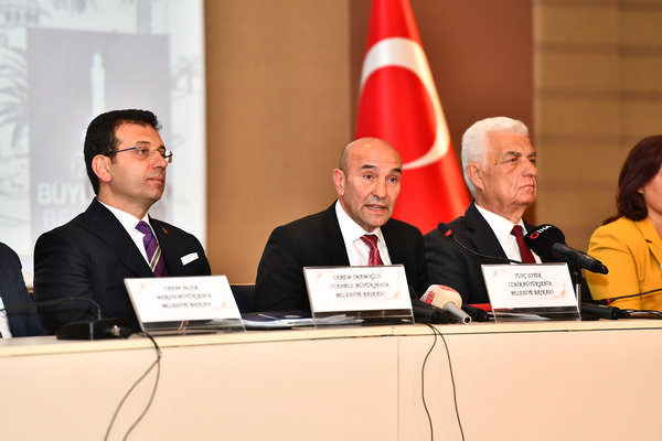 Büyükşehir Belediye Başkanları zirvesi sona erdi