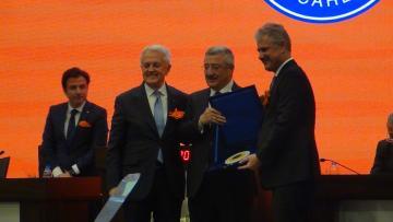 İZTO 2019 Kasım Ayı Meclis Toplantısı MilletvekiliNecip Nasır'ın katılımıyla gerçekleşti