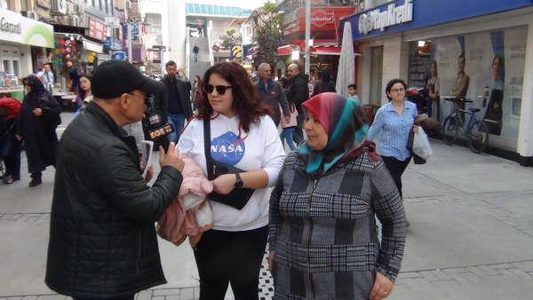 1. Bölüm İzmir Bayraklı halkı En güvenilir Siyasi lider kim dedi ?