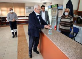Başkan Selvitopu, AK Partili Doğruca'ya sert tepki gösterdi.
