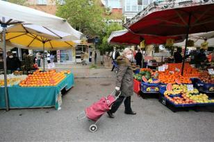 –Buca pazarlarında OHAL: İçerde ve dışarda Covid-19 önlemleri!