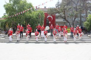 BURHANİYE'DE 19 MAYIS ÇOŞKUSU YAŞANDI