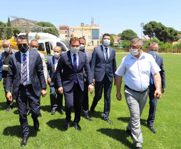 Tarım ve Orman Bakanı Bekir Pakdemirli Bayındır'ı Ziyaret Etti