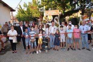 Doğaköy Halk Kütüphanesi açıldı Başkan Aksoy köy çocuklarını kitaplarla buluşturdu