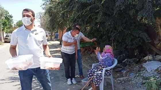-Ödemiş'te bin aileye kurban eti dağıtıldı
