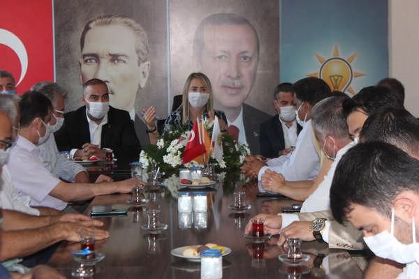 Meclis tatile girdi, Bölünmez Çankırı sahaya indi Bölünmez Çankırı'dan teşkilatlara ziyaret