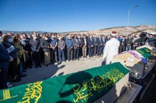CHP Genel Başkanı Kılıçdaroğlu İzmir'de cenaze törenine katıldı