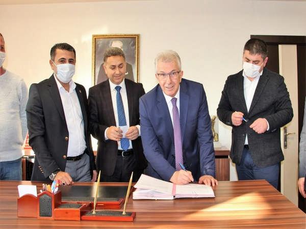 Ödemiş Belediyesi'nde yılbaşı öncesi toplu iş sözleşmesi sevinci
