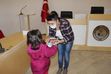 BURHANİYE'DE TABLET KAMPANYASI REKORA KOŞUYOR