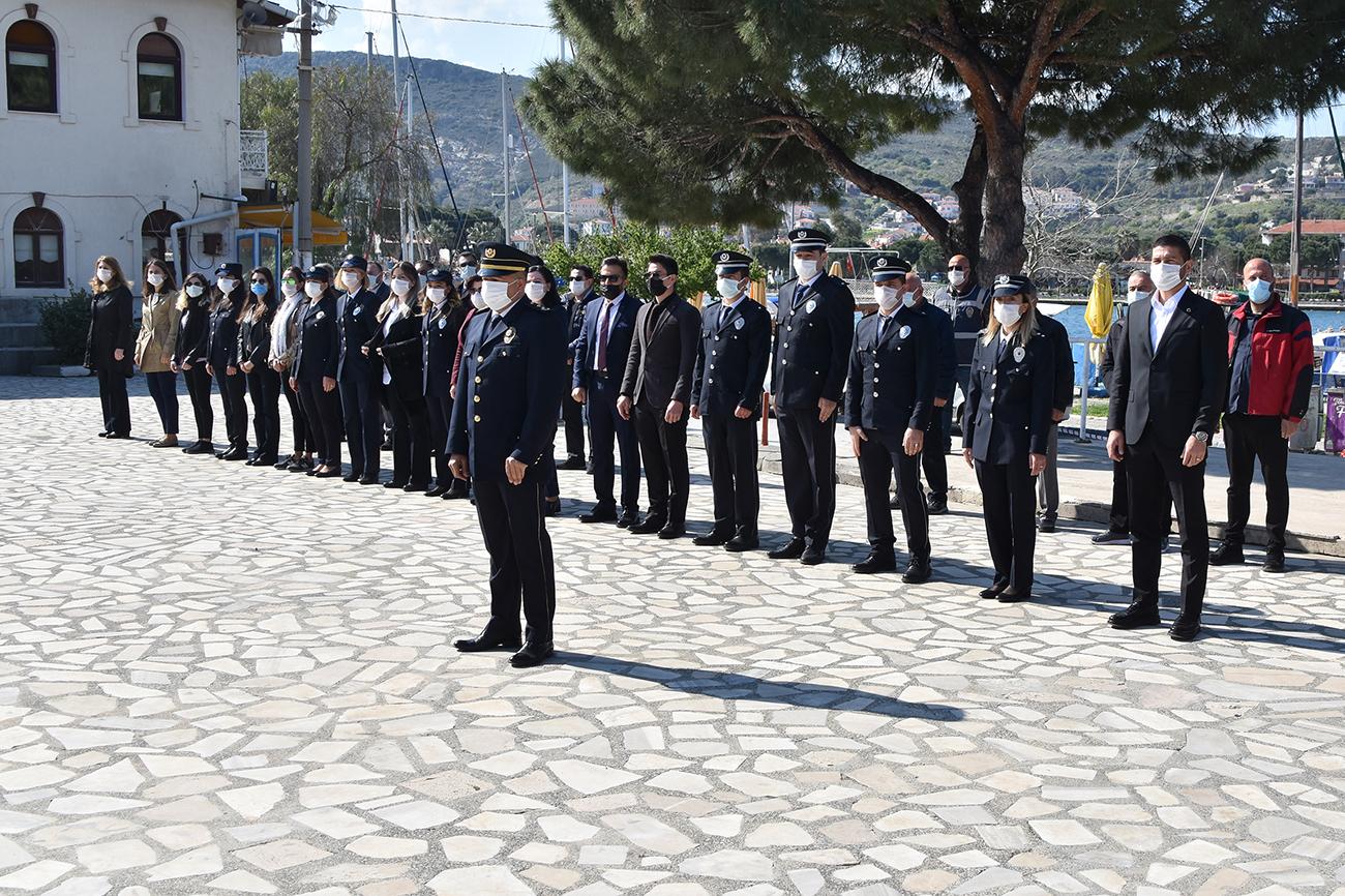 FOÇA'DA POLİS HAFTASI TÖRENİ